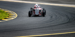 historic-racing-sydney-motorsport-park-95