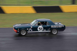 historic-racing-sydney-motorsport-park-Stuart-Row-8